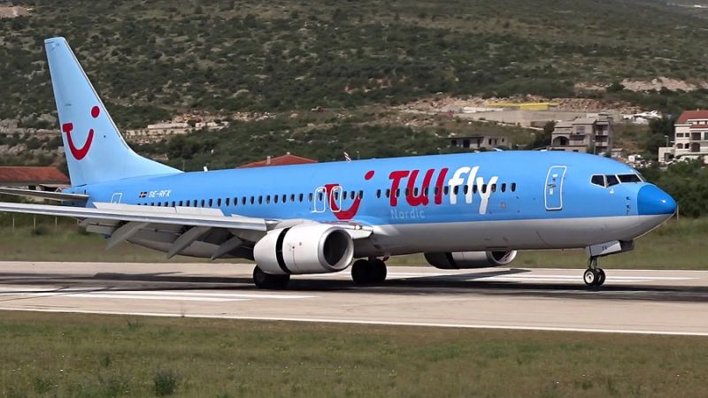 TUIfly Nordic Boeing 737-800