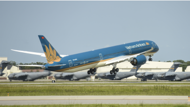 Read more: Vietnam Airlines Flies Its First Boeing 787-10 Dreamliner