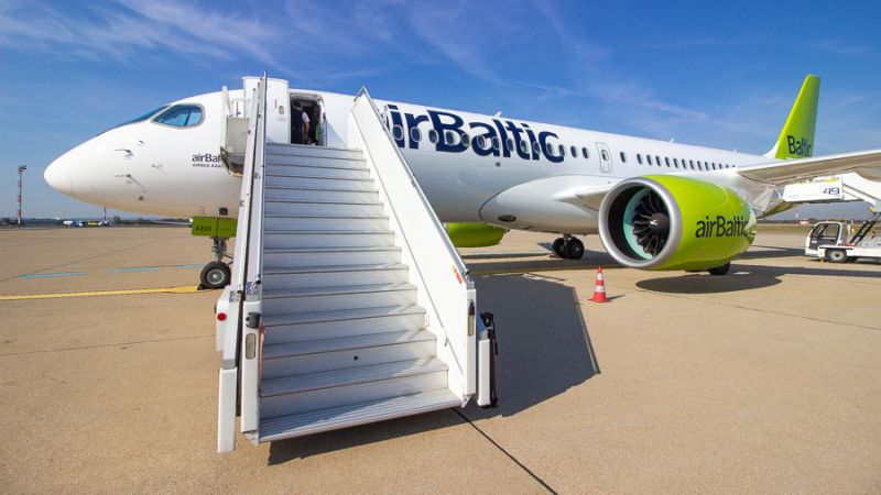 airBaltic Airbus A220 Zagreb