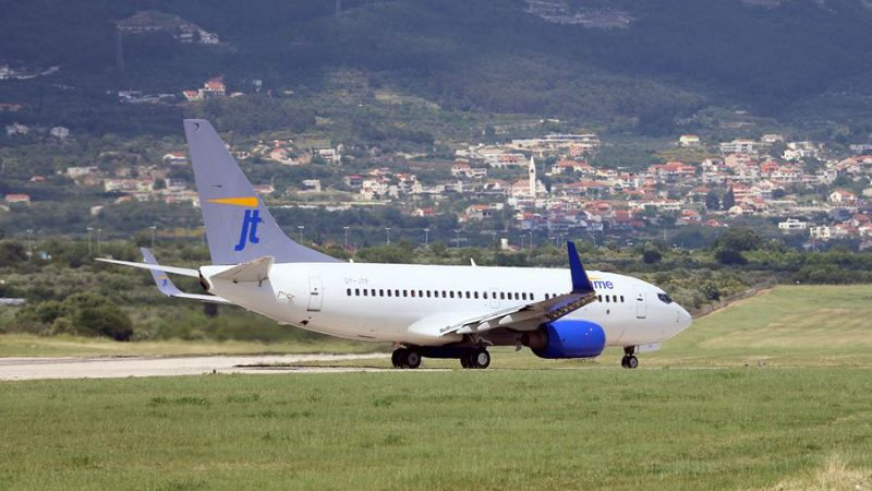 JetTime Boeing 737-700