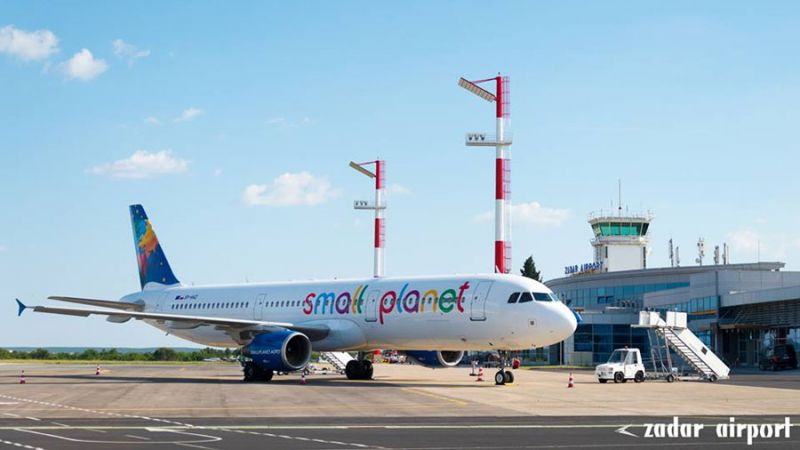 Small Planet Airlines Airbus A321