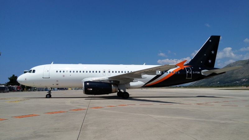 Titan Airways Airbus A320